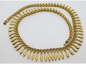 An attractive 9ct gold necklace, 18.8g, 16.5in lon