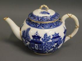 An antique Royal Worcester blue & white transferwa