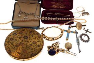 Group of jewellery