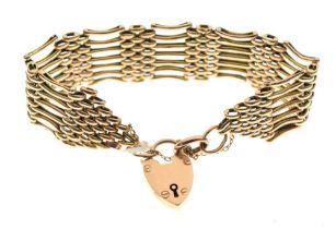 Yellow metal gate-link bracelet