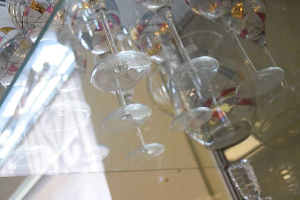 Ten Czechoslovakian wine glasses and jug - Image 3 of 3