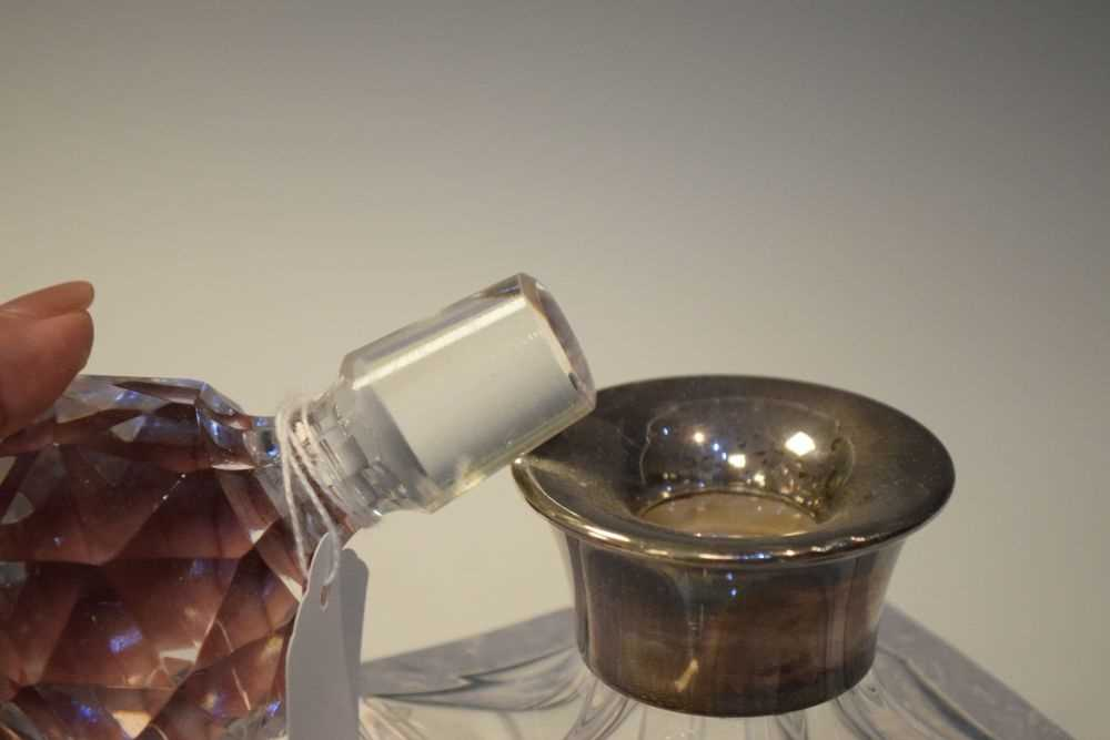 George V silver mustard pot, Birmingham 1927, 140 grams approx together with - Image 6 of 7