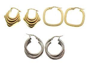 Two pairs of 9ct gold hoop earrings