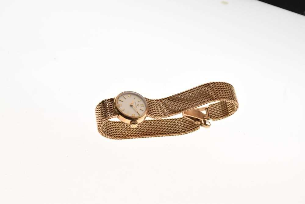 Omega - Lady's 9ct gold wristwatch - Image 2 of 5