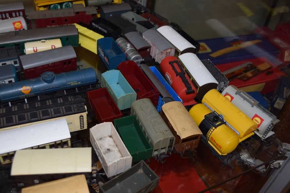 Rolling stock and carriages - Image 2 of 6