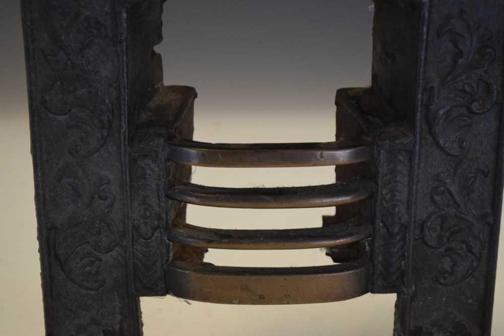 19th Century Salesman's sample miniature cast-iron fireplace - Image 3 of 4