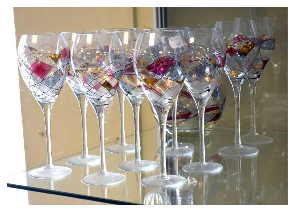 Ten Czechoslovakian wine glasses and jug