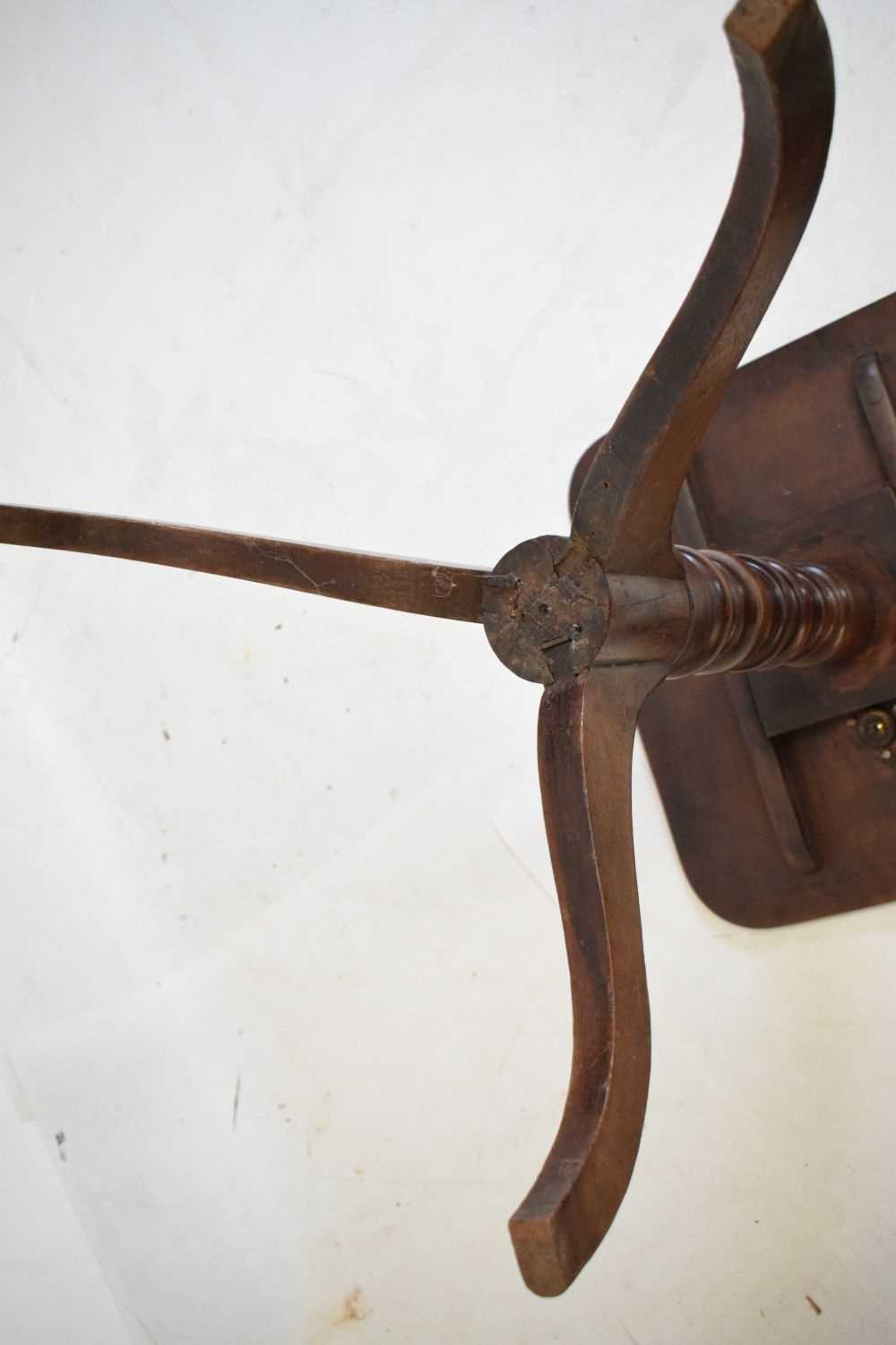 Victorian tripod occasional table - Image 4 of 4