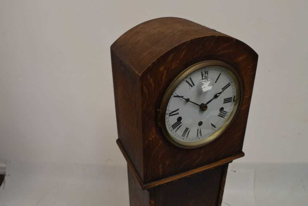 Oak-cased 'grand-daughter' clock with chiming movement - Image 2 of 5