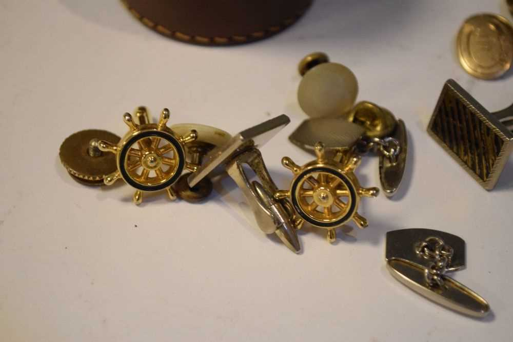 Two pairs gold plated cufflinks, etc in a table top box - Image 2 of 5