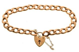Hollow curb-link charm bracelet with heart padlock, 9.3g
