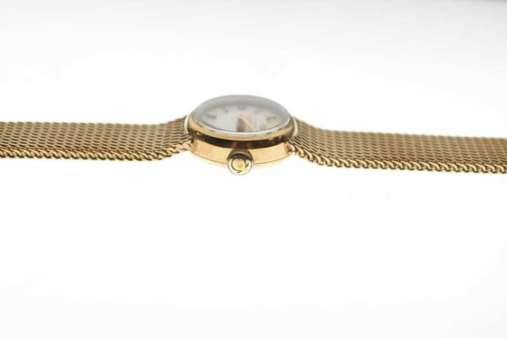 Omega - Lady's 9ct gold wristwatch - Image 4 of 5