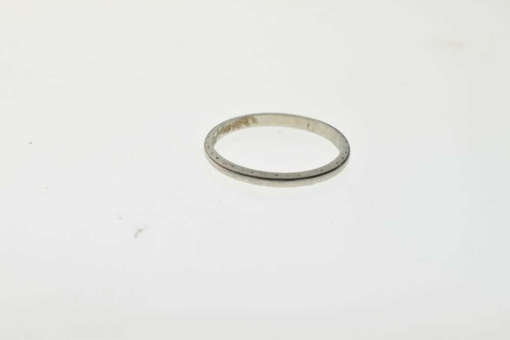 White metal wedding band, stamped 'PLAT' - Image 2 of 3