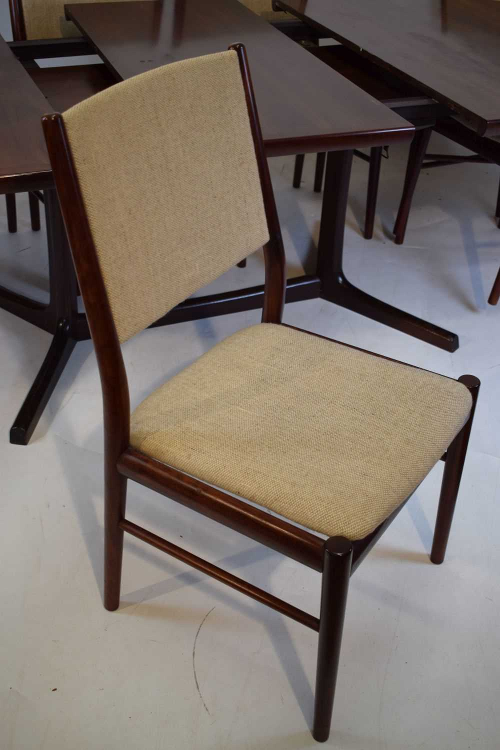 Skovby dining table and 6 chairs - Image 5 of 8