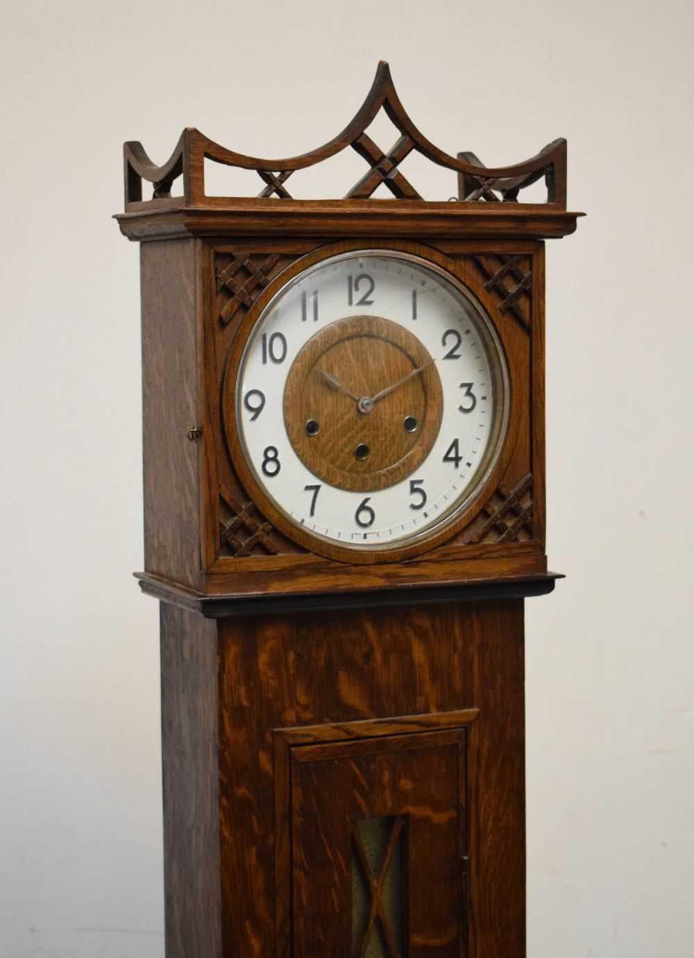 Early 20th Century oak-cased grandmother clock