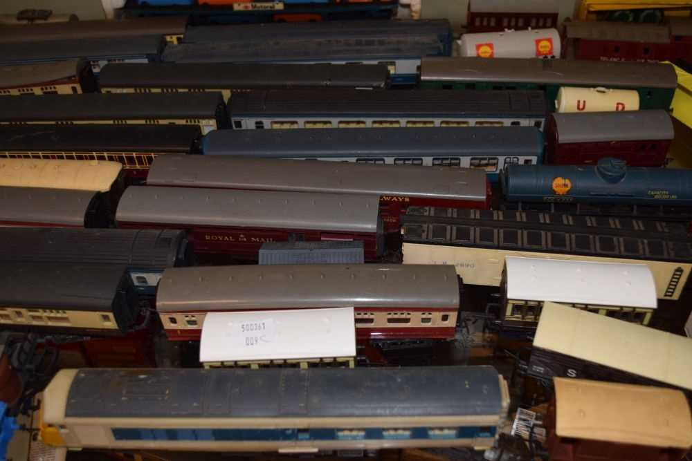 Rolling stock and carriages - Image 4 of 6