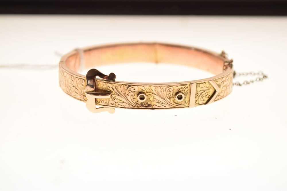 9ct gold engraved belt-buckle design snap bangle - Image 2 of 4