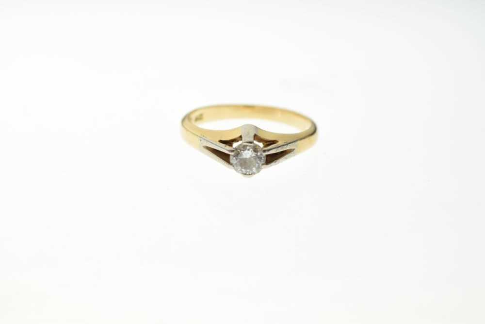 Single stone diamond ring - Image 2 of 5