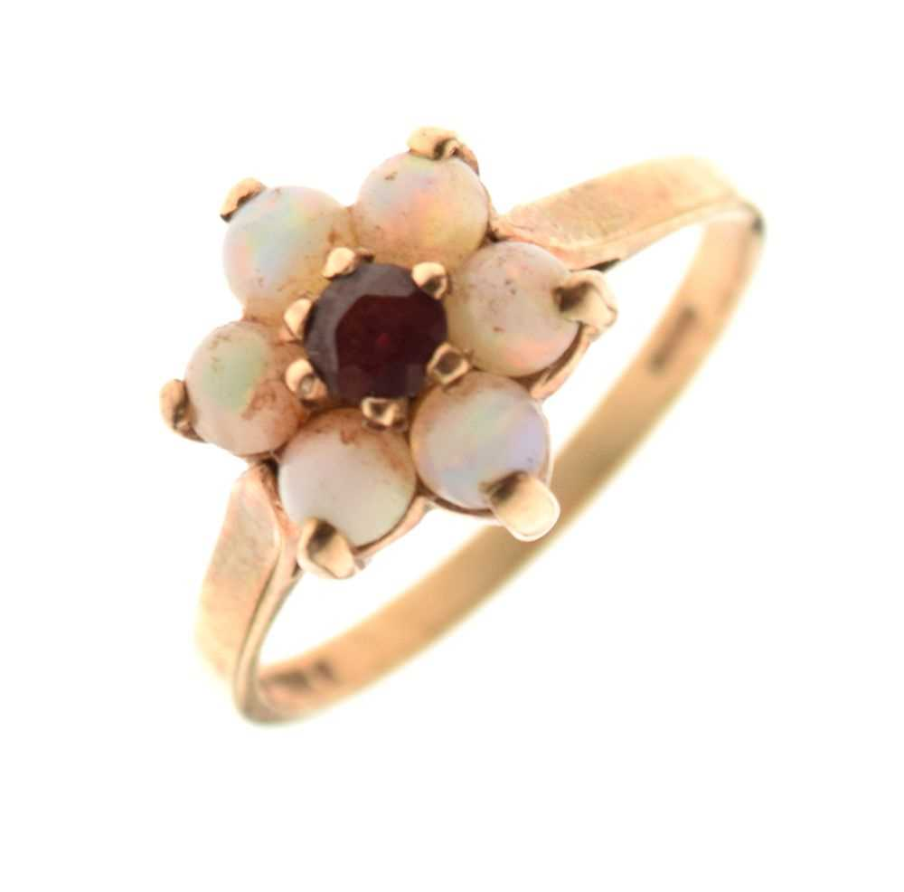 9-carat gold red stone and opal cluster ring, 2.4g