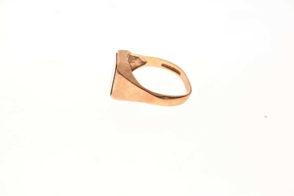9ct gold onyx signet ring - Image 3 of 6