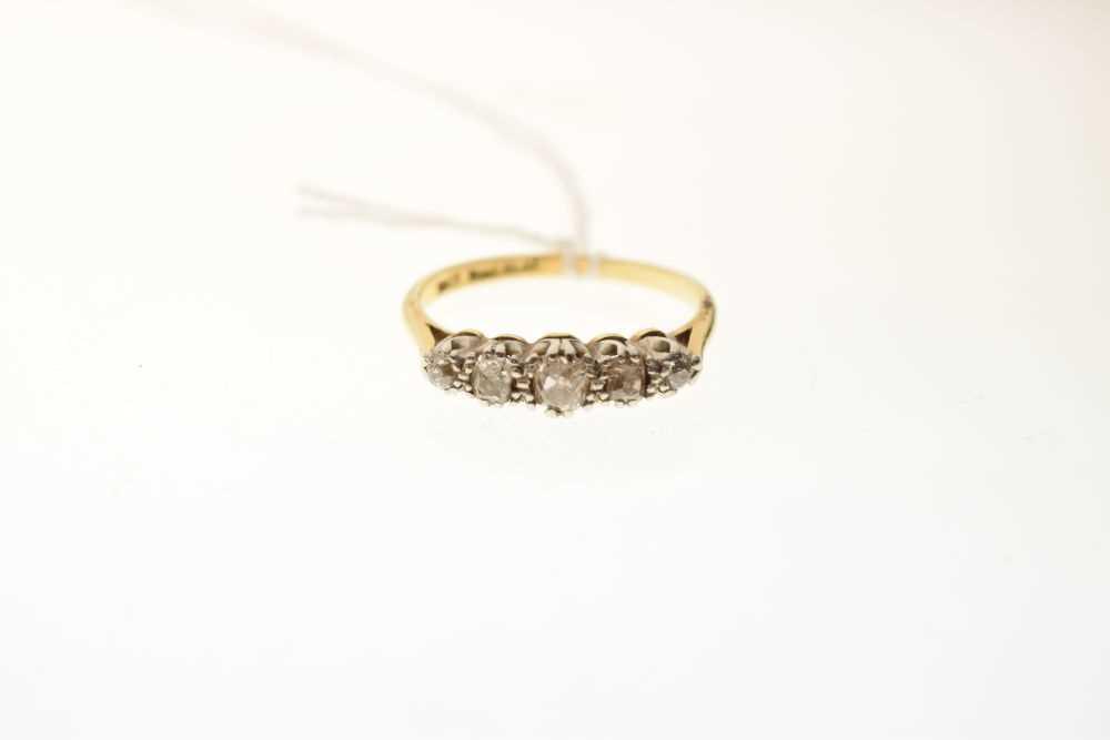 Five-stone diamond ring - Image 2 of 6