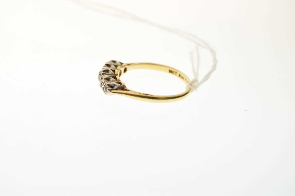 Five-stone diamond ring - Image 3 of 6