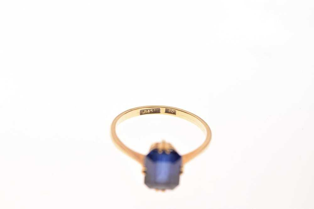 '18ct' yellow metal and synthetic sapphire ring, - Image 5 of 5