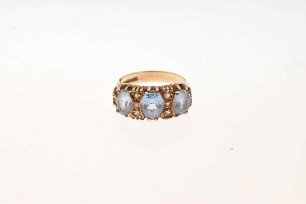 9ct gold stone-set ring - Image 2 of 6
