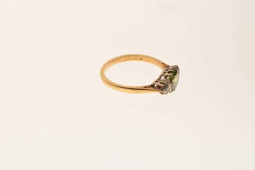 Three stone dress ring - Image 5 of 5