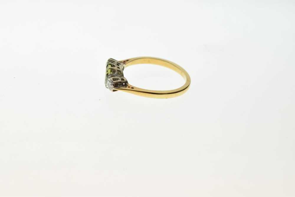 Three stone dress ring - Image 3 of 5