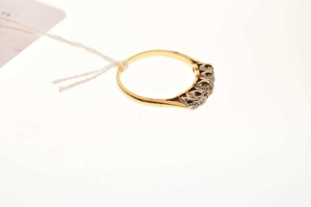 Five-stone diamond ring - Image 5 of 6