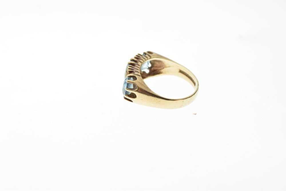 9ct gold stone-set ring - Image 3 of 6