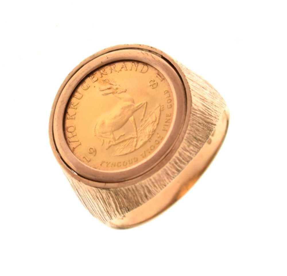 9ct gold ring inset with 1/10th Krugerrand coin