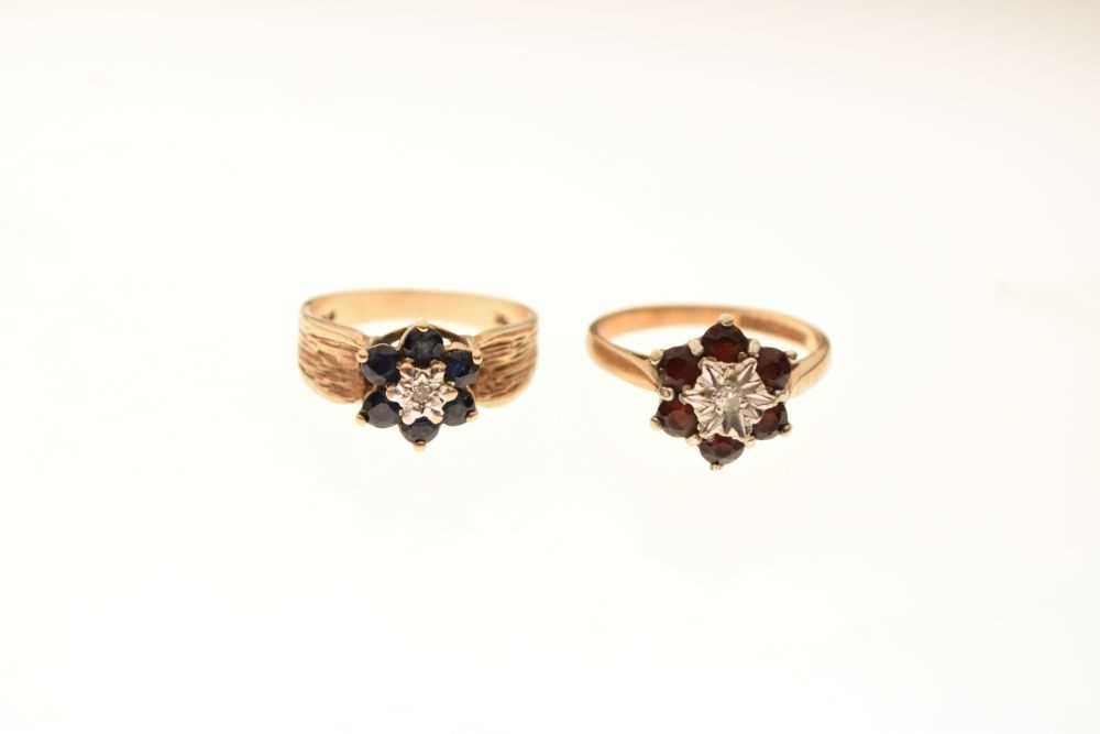 Two 9ct gold dress rings - Image 2 of 5