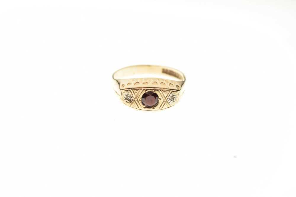 9ct gold ring - Image 2 of 6