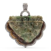Inlaid Jade pendant amulet weight 33,3 gr.
