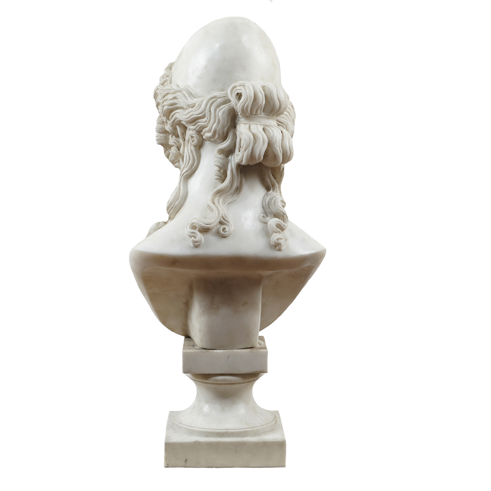 White marble sculpture 20th century 81x37x30 cm. - Image 3 of 3
