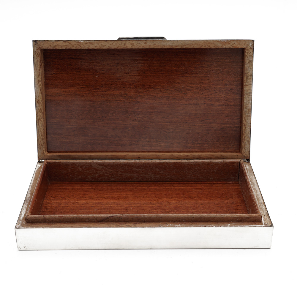 Silver and wood cigarette box italy, 20th century 3x16x9 cm. - Image 2 of 2