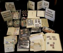 GREAT BRITAIN ACCUMULATION in albums, on stock cards etc. incl. Penny Blacks, Blues, Reds, Surface