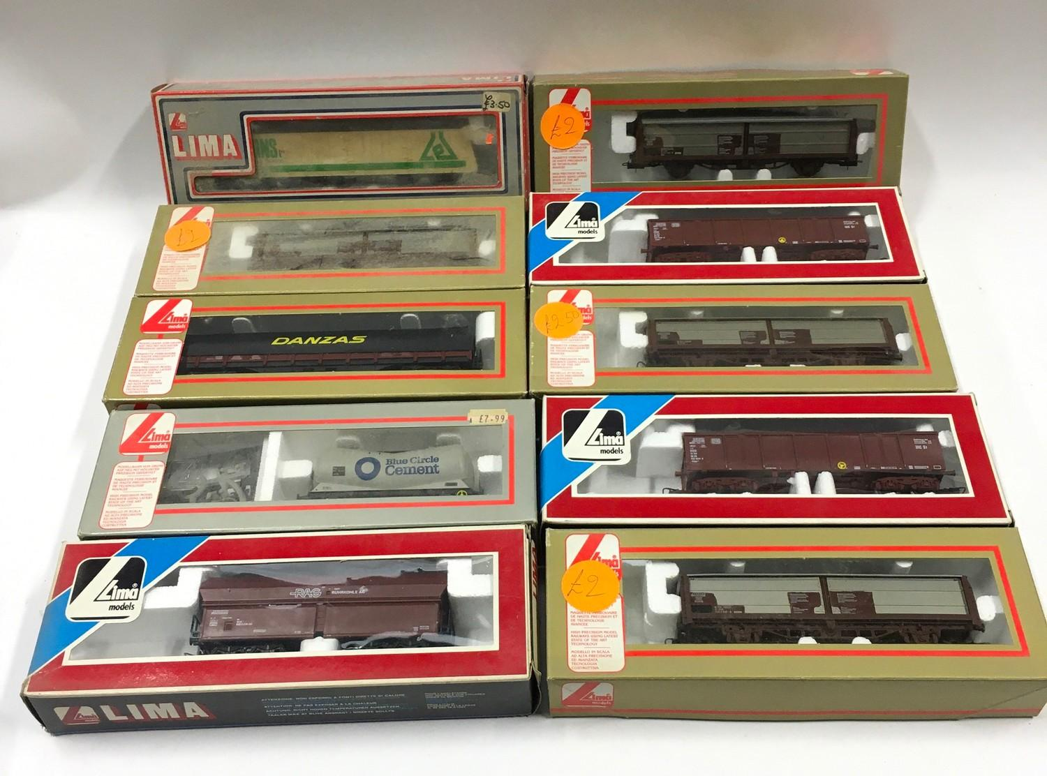 10 x boxed Lima rolling stock. Generally Good to Excellent condition.