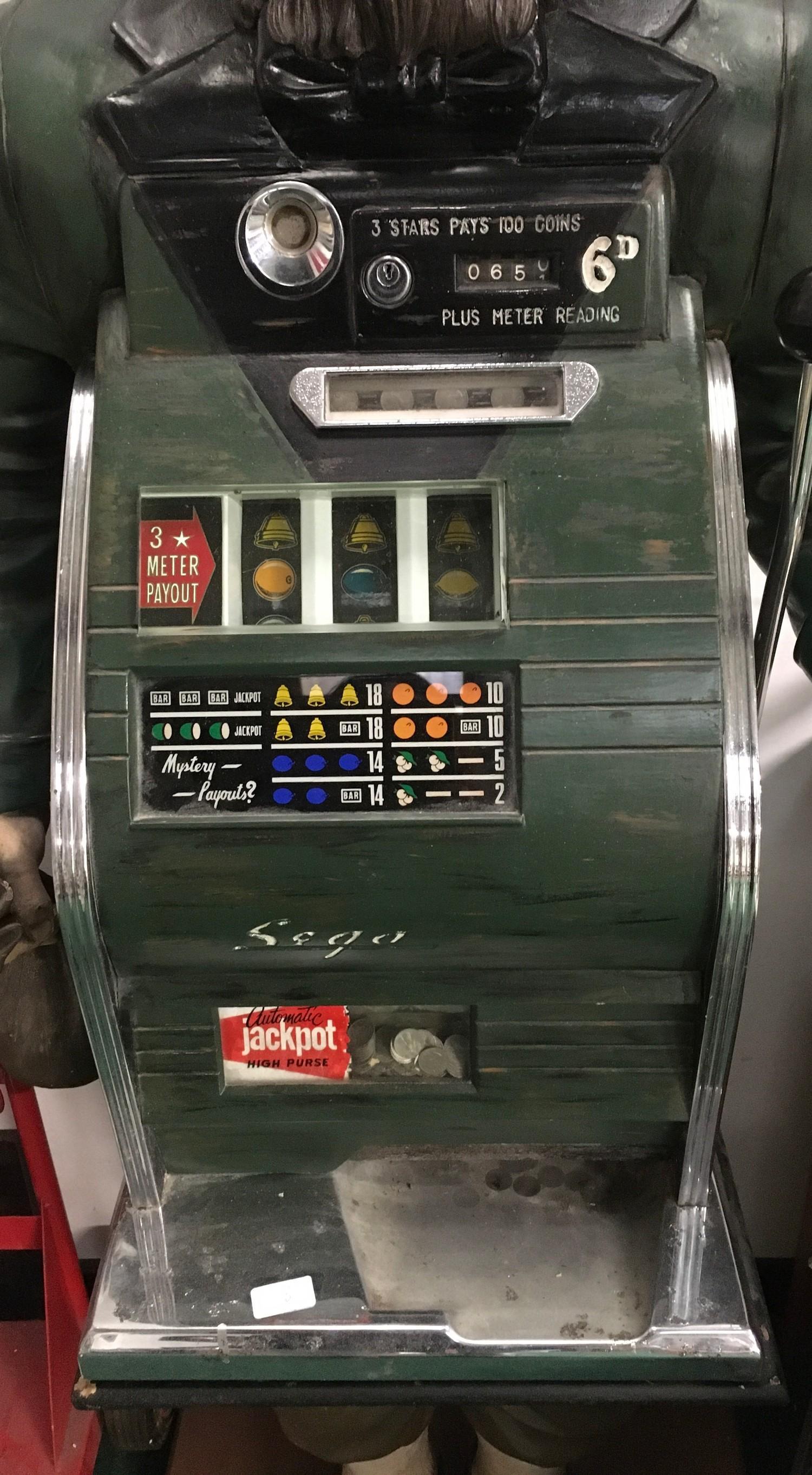 Sega Slot Machine. Set in full size Leprechaun. Works on 6d coin. - Image 2 of 2