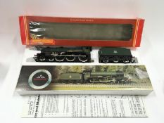 "Hornby R.060 BR Class B17 4-6-0 ""Leeds United"" locomotive. Appears Mint in Good Plus box."