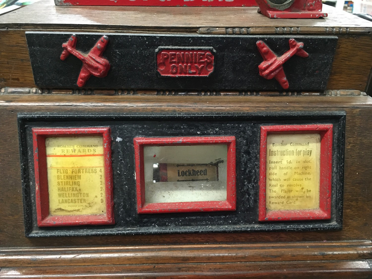 Bomber Command Slot Machine. Works on 1d coin. Mills Mechanism. - Image 4 of 8