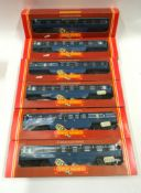 6 x boxed Hornby coaches (Coronation Scot) - see photo for details.