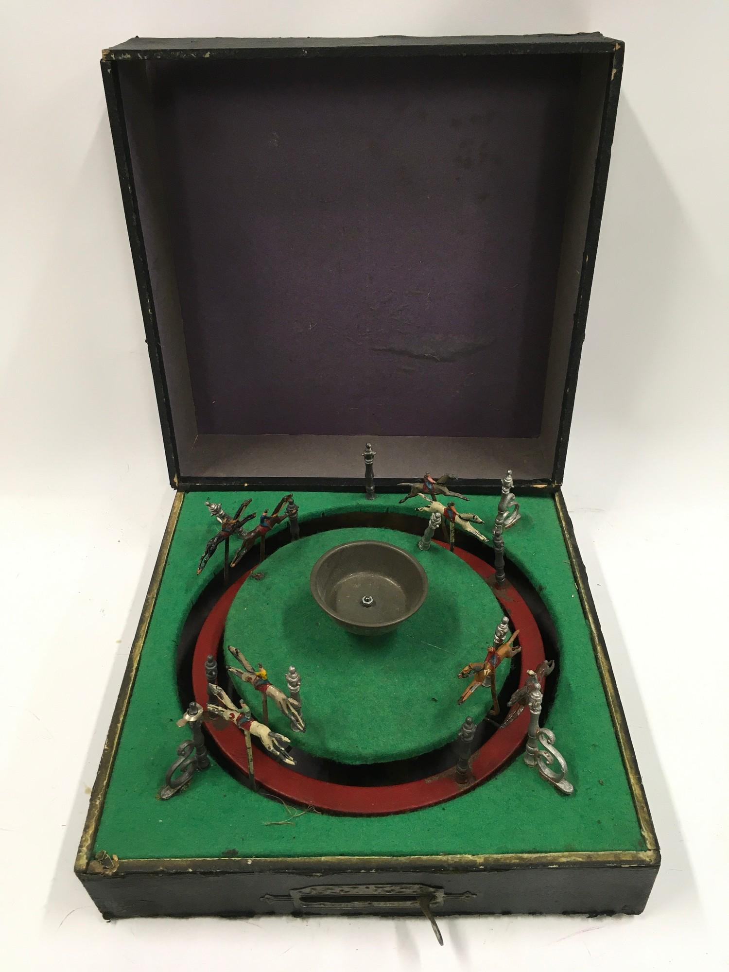 French horse racing game - Approx 1920?s boxed.