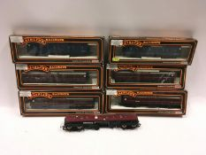 6 x boxed Mainline coaches and one other. Generally Good Condition.