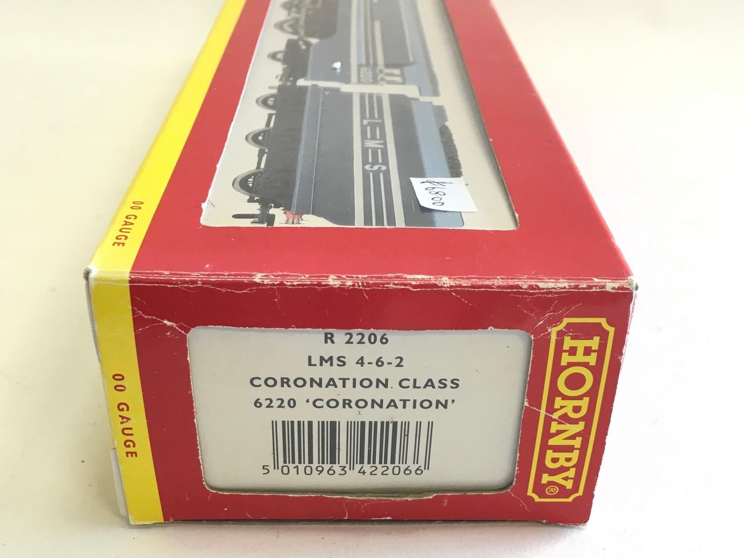 Hornby R2206 LMS 4-6-2 Coronation Class 6220 ?Coronation?. Appears Excellent in Good Plus box. - Image 2 of 3