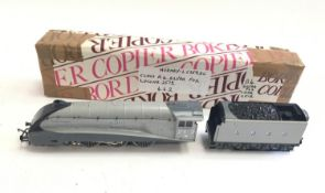 Hornby OO Gauge locomotive - Class A4 Silver Fox LNER 2512. Appears Good Plus.
