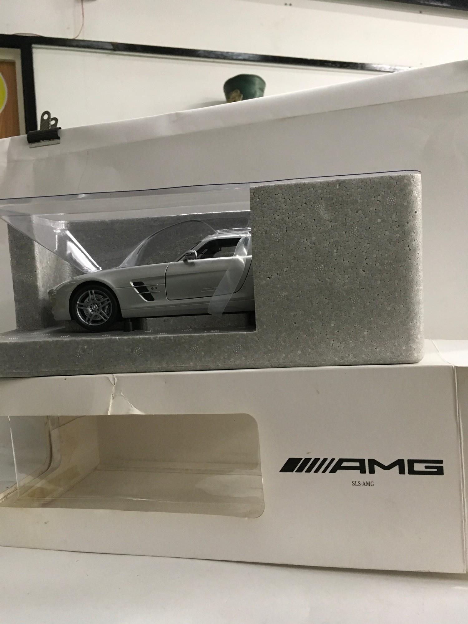 Boxed model of a Mercedes Benz AMG SLS-AMG.