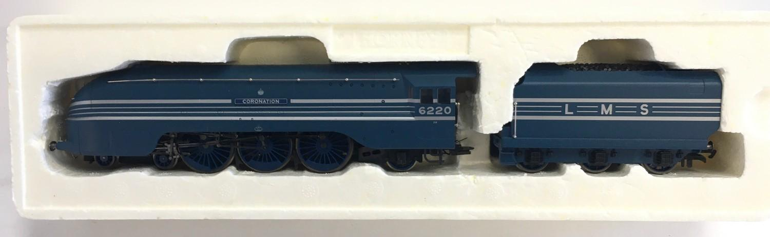 Hornby R2206 LMS 4-6-2 Coronation Class 6220 ?Coronation?. Appears Excellent in Good Plus box. - Image 3 of 3